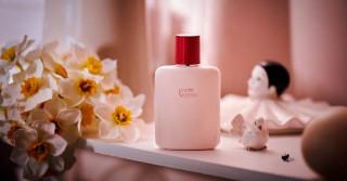 Porter Sa Peau L'Objet Parfumant by Roberto Greco